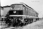 """LTS 100020 - DR """"142 002-5"""" 06.07.1977 - Dessau, ReichsbahnausbesserungswerkAxel Mehnert (Archiv Dr. Günther Barths)"""
